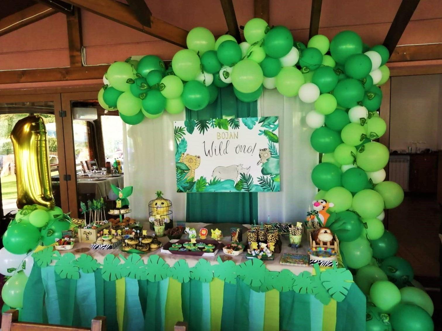 Слатка маса и декорација со тема Jungle